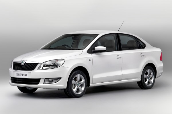 Aceasta nu e noua Fabia 2014 sedan, e versiunea indiana a modelului Rapid, insa se prea poate ca berlina Fabia sa imprumute cate ceva de la ea.