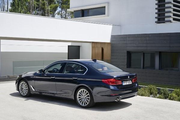 BMW Seria 5 2016 - 2017 spate
