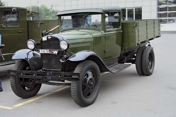 Camioane rusesti si sovietice GAZ AA