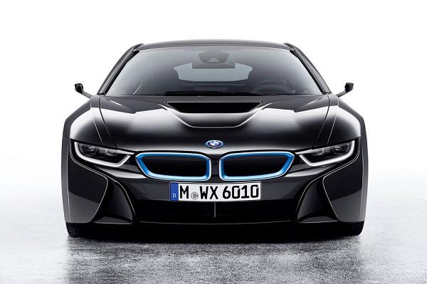 Cel mai bun motor in 2016 - BMW i8