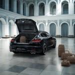 Cel mai scump Porsche Panamera Turbo S portbagaj