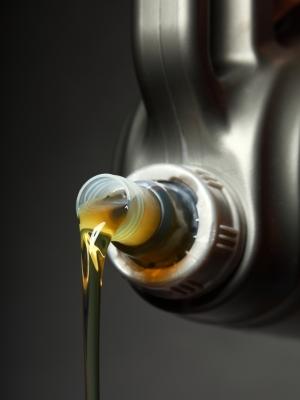 Cat de des se schimba uleiul din motor