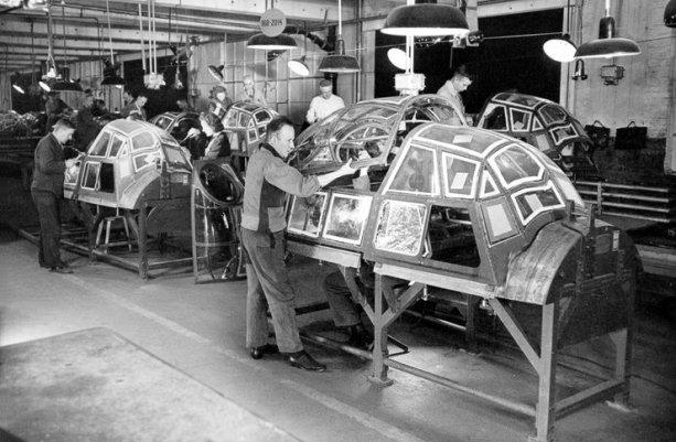 In timpul celui de-al doilea razboi mondial, Opel asambla si componente pentru avioanele de lupta Ju-88 - istoria opel