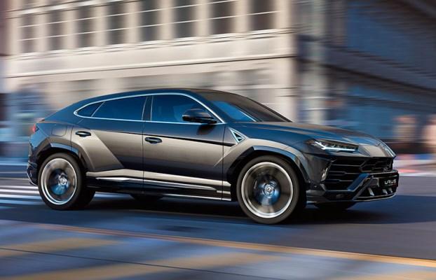Lamborghini Urus lateral