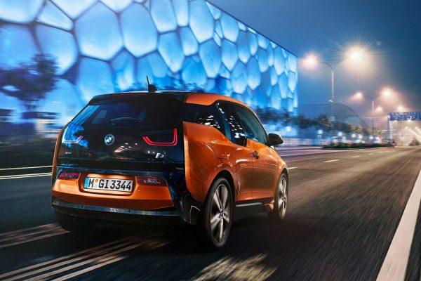 Masini electrice BMW i3 spate