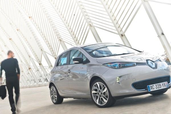 Masini electrice Renault ZoeMasini electrice Renault Zoe