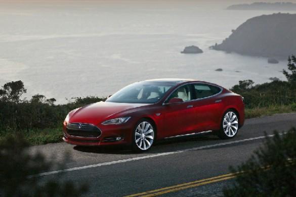 Masini electrice Tesla Model S foto
