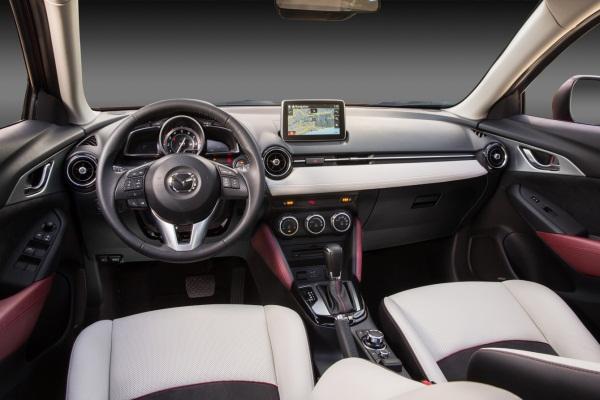 Mazda CX-3 2015 foto 1 interior
