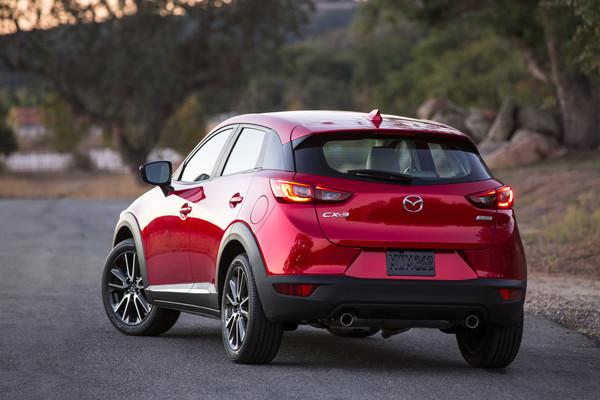 Mazda CX-3 2015 foto 2