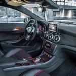 imagine cu Mercedes CLA 45 AMG interior