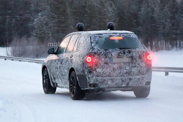 Modele noi BMW in 2017 - noul BMW X5 spate