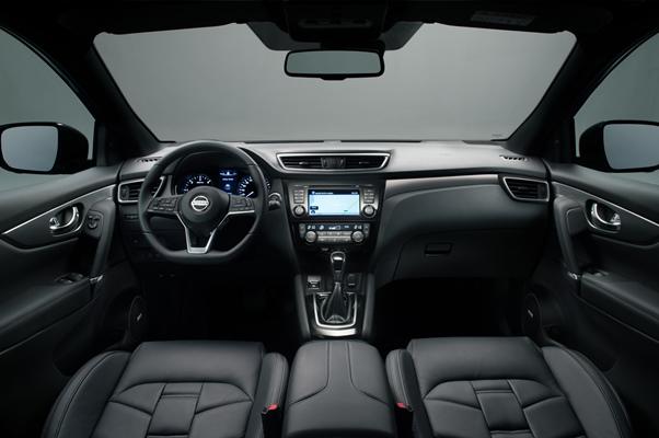 Nissan Qashqai 2017 interior