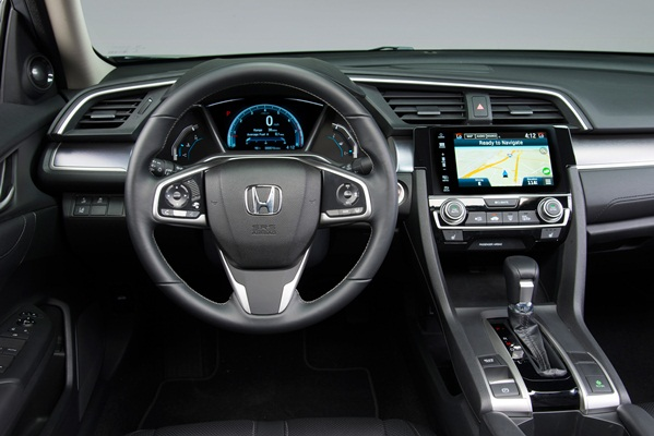 Noua Honda Civic 10 sedan 2015 foto interior bord