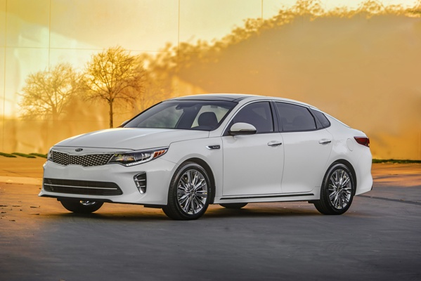 Noua Kia Optima 4