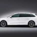 Noua Skoda Superb Combi 2015 lateral