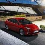 Noua Toyota Prius 4 2015 lateral