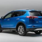 Noua Toyota RAV4 2015 spate