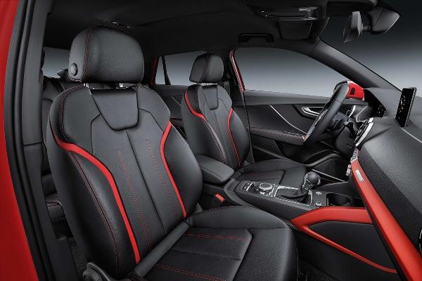 Noul Audi Q2 interior foto