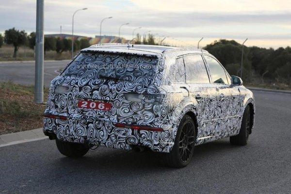 Noul Audi Q7 2014 spate