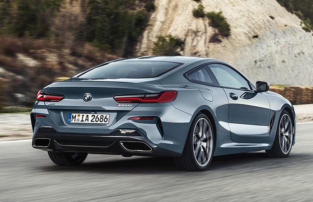 Noul BMW Seria 8 spate