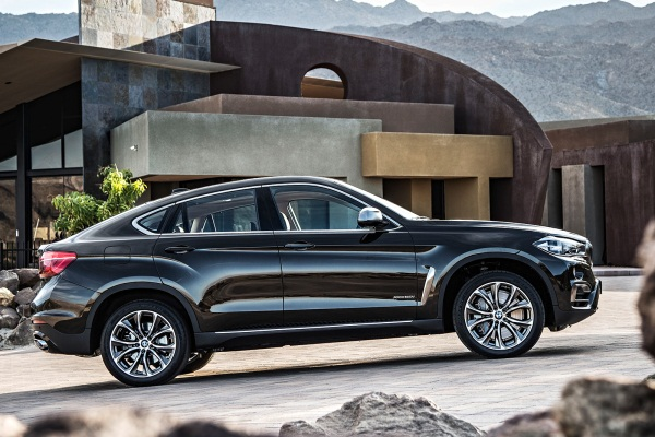 Noul BMW X6 lateral