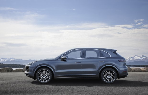 Noul Cayenne 2017 lateral