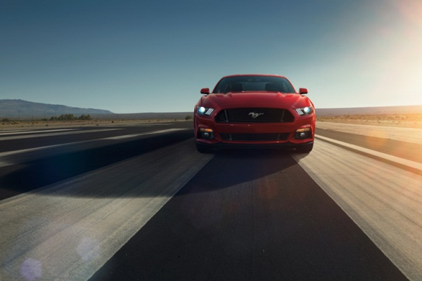 Noul Ford Mustang 2014 fata