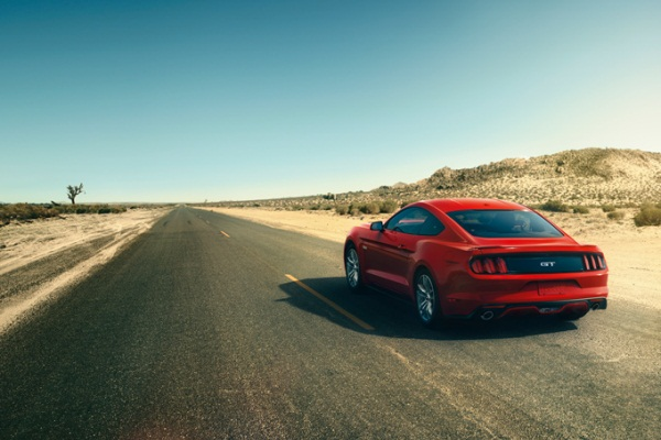 Noul Ford Mustang 2014 in motion