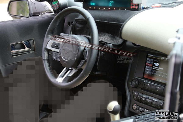Ford Mustang 2014 interior