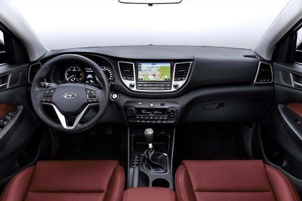 Noul Hyundai Tucson 2015 interior