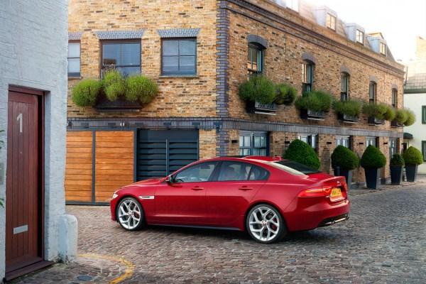Noul Jaguar XE 2015 foto