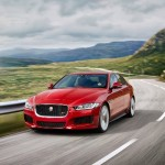Noul Jaguar XE 2015 in motion