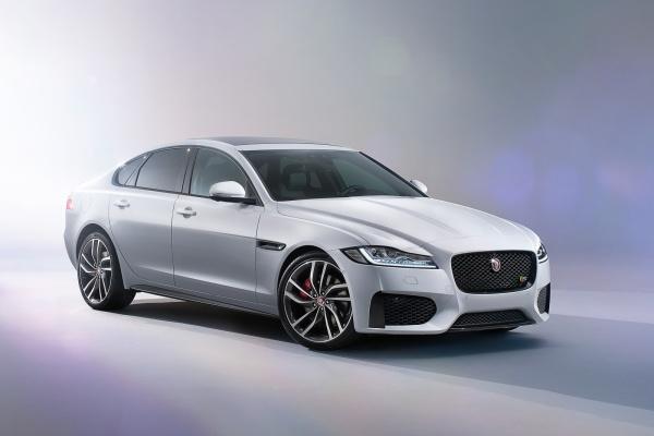 Noul Jaguar XF 2015