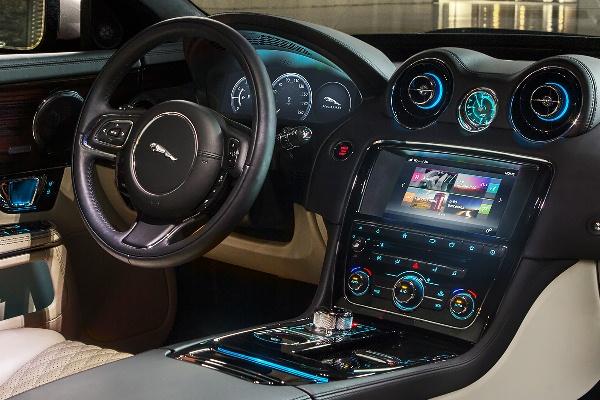 Noul Jaguar XJ 2016 imagini interior