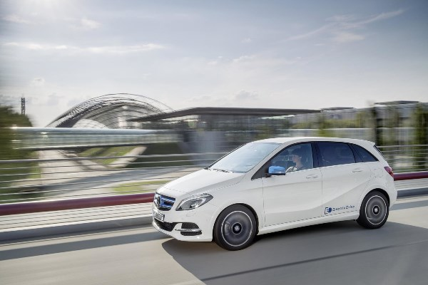 Noul Mercedes B Class 2014 facelift Electric Drive
