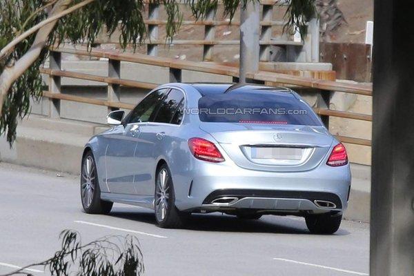 Noul Mercedes-Benz C Class spate 2