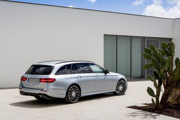 Noul Mercedes E-Class Estate 2016 spate
