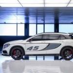 Noul Mercedes GLA 45 AMG lateral 2