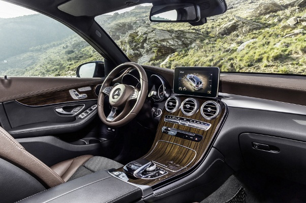 Noul Mercedes GLC poze interior