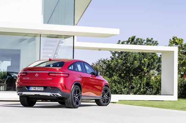 Noul Mercedes GLE Coupe spate