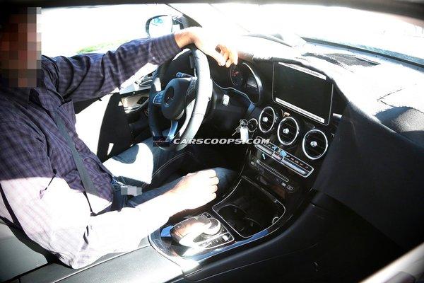 Noul Mercedes GLK interior 2