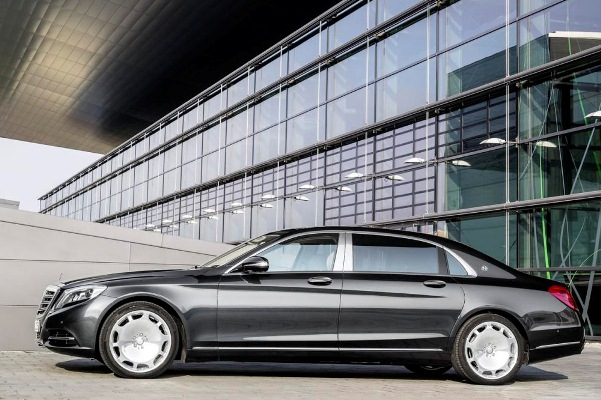 Noul Mercedes-Maybach pentru 2015 lateral