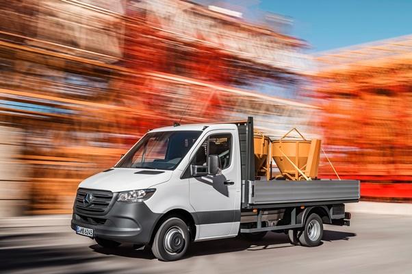 Noul Mercedes Sprinter 2018 - camioneta