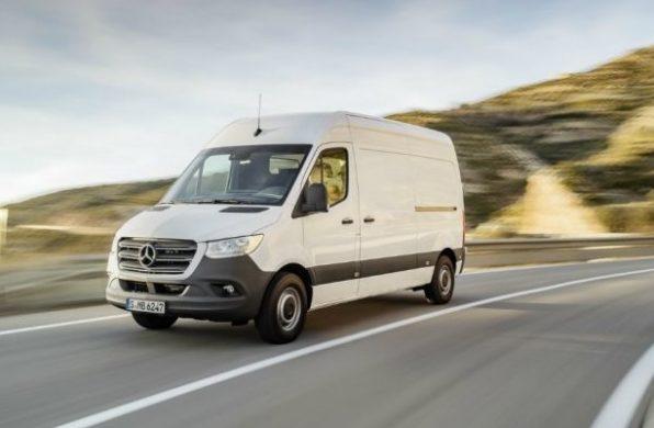 Noul Mercedes Sprinter 2018 - fata