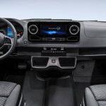 Noul Mercedes Sprinter 2018 interior fata