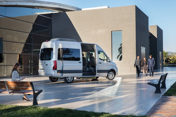 Noul Mercedes Sprinter 2018 - lateral
