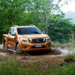 Noul Nissan Navara 2014 in motion