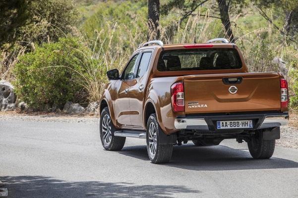 Noul Nissan Navara 2015 informatii
