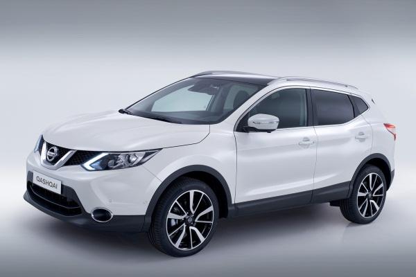 Noul Nissan Qahqai 2 alb Noul Nissan Qashqai disponibil exclusiv cu 5 locuri