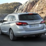 Noul Opel Astra Sports Tourer 2015 spate